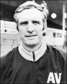 Villa Manager Vic Crowe